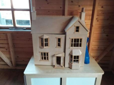 Adult Dolls House