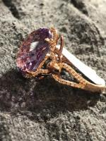 6.70Ct IF Amethyst 18Kt Rose Gold - 0.19Ct Diamond Ring