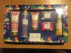 British Bloom Bath & Body Collection New