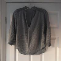 Ladies Pattern Blouse Size 8 Excellent Condition (postage available)