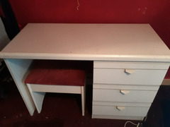 Dresser & matching chair & Bed Side draws