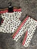 Baby s outfits 9/12 months