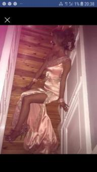 peach dress with gold lace and fassanthar