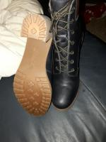 BRAND NEW TIMBERLAND BOOTS SIZE SIZE 6