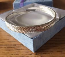 Silver 925 Stamped Feather Open Bangle New in Box