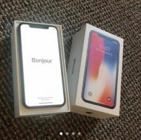 iPhone X (256GB)