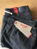 Ladies Levi 301 Super Shaping Skinny Size 22 NWT
