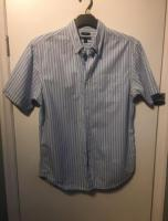 Men's Gap Short Sleeve Shirt Size Medium Excellent Condition