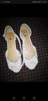 woman Atmosphere flats size uk 5