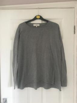 Next Jumper Size 8 Excellent Condition (postage available)