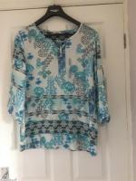 Ladies Long Sleeve Top Size 14 Excellent Condition (postage available)