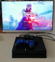PS4 1TB, Gaming monitor HP 24 inch ISP and two controllers.