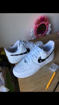 Nike men's customised white air forces size 9.5