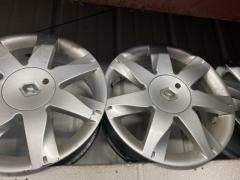 Renault 18'' wheels