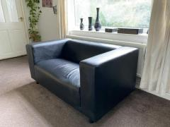 COMPACT LEATHER COUCH