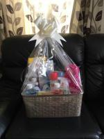 Big cleaning gift hamper