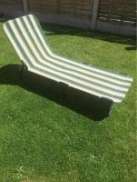 Folding Green and white reclining sun lounger