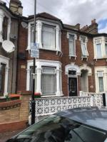 Three bed house to let