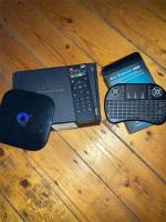 Quad core Q box 64gb with remote and small keyboard