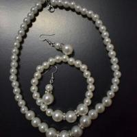 Gorgeous brand new pearl jewelry set