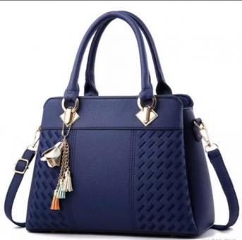 Beautiful medium size Handbag